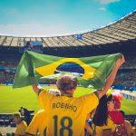 ブラジル大統領が新型コロナ確定、でも改心ならず