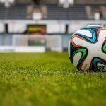 芸能界、スポーツ界にも広がるコロナ感染